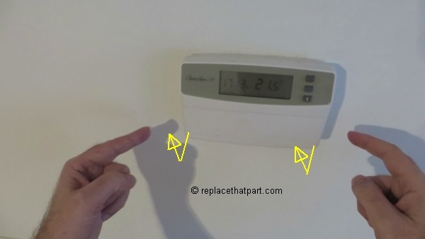 honeywell chronotherm iv batterijen vervangen 02