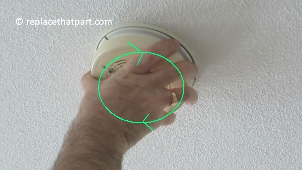 how to replace the battery in the firex smoke alarm padc240 30
