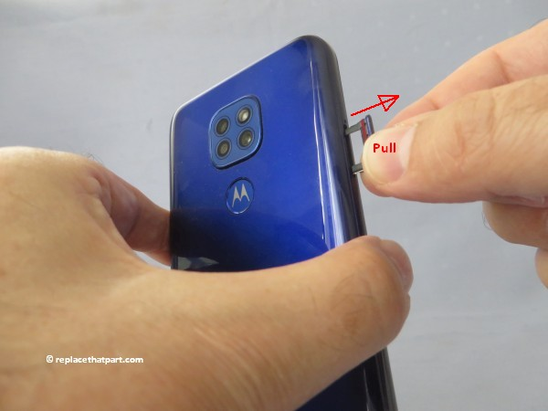 motorola moto g9 play how to insert or remove sim cards and sd memory card 06