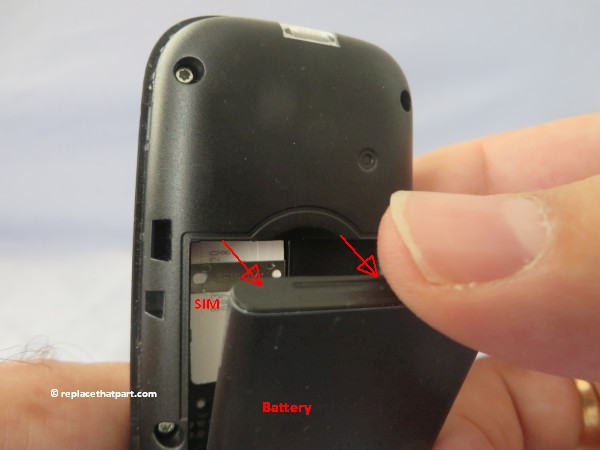 nokia 105 ta 1037 how to replace the battery 08