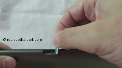 samsung-galaxy-tab2-7-0-insert-memory-card02